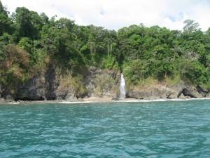 Costa Rica 7 064